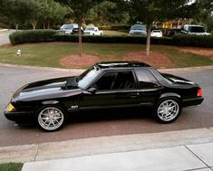 This one car is my dream whip. So neat Mustang Fox Body, Mustang Fastback, Mustang Cars, Ford Mustang Gt, Custom Chevy Trucks, Ford Trucks, Custom Cars, Notchback Mustang, Ford Parts