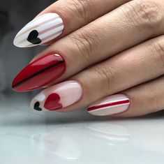 How to choose your fake nails? - My Nails Love Nails, Fun Nails, Style Nails, Shiny Nails, Valentine's Day Nail Designs, Nails Design, Salon Design, Design Art, Valentine Nail Art