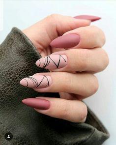 Conheça o melhor curso online de manicure! #manicure #manicuresalão #manicureemcasa #unhas #unhaslindas #unhasdecoradas #unhasbonitas #unhasdelicadas #diy #passoapasso #nails #tutorial