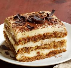 Get Tiramisu Recipe from Food Network Baileys Tiramisu, Italian Tiramisu, Italian Desserts, Sweet Desserts, Delicious Desserts, Baileys Irish, Tiramisu Cake, Italian Cookies, 15 Minute Desserts