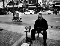 .... #portraitoftheday #noirlovers #noiretblanc #siyahbeyaz #street_perfection #streetphotography_bw #streetphoto_bw #streetphotography_bnw #streetphotographybw #streetphotographybnw #bws_streets #bw_divine #bw_photooftheday #bwfever #bnw_demand #bnw_planet #hikaricreative #hartcollective #turk_kadraj #turkeystagram #turkobjektif #turkinstagram #turkishot #izmirdehayat #izmirdeyasam #black #35mmphotography #SPiCollective