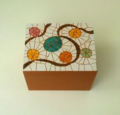 A place to hide away your jewellery or little trinkets,decorated with a colourfu… – Art Unicorn Ceramic Mosaic Tile, Mosaic Art, Mosaic Glass, Ceramic Art, Glass Art, Mosaic Crafts, Mosaic Projects, Mosaic Designs, Mosaic Patterns