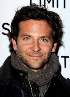 Celebrities - Bradley Cooper Photos collection You can visit our site to see other photos. Bradley Cooper, Hollywood Actor, Hollywood Stars, Kerstin Ott, Pretty People, Beautiful People, American Hustle, American Actors, Raining Men