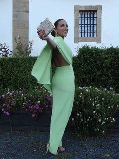 Paula Echevarría de Dolores Promesas | ideas para tu #look #invitada de #boda  ♥♥ The Wedding Fashion Night ♥♥ ♥ Visita www.wfnclub.com ♥