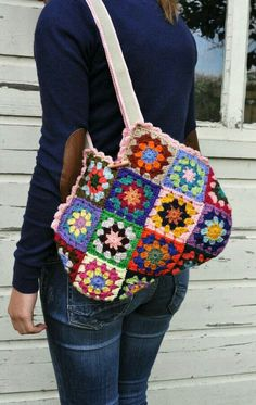 crochet 'granny square' bag by dutchsisters on Etsy Beau Crochet, Knit Or Crochet, Crochet Gifts, Crochet Stitches, Crochet Patterns, Sac Granny Square, Point Granny Au Crochet, Crochet Squares, Granny Squares