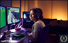 Teenage Girl Wearing Headset Gaming At Home Using Dual Computer Screens - Buy this stock photo and explore similar images at Adobe Stock Team Fortress 2, Call Of Duty, Summer School, Summer Days, Overwatch, Die Macher, Make Tutorial, Screen Recorder, Areas Of Life