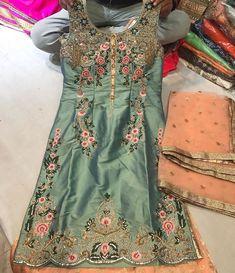 Punjabi Suits Party Wear, Pakistani Fashion Party Wear, Punjabi Fashion, Pakistani Dresses, Indian Fashion, Indian Attire, Indian Wear, Indian Outfits, Punjabi Suits Designer Boutique