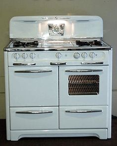 Retro Wedgewood stove... Look @Lisa Brock Morgan your stove is back in style! lol! I knew if you waited long enough it would be cool again...