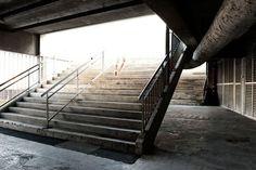 "Workshop ""Architecture"" : Flora Lécluse et Lucile Godin Workshop Architecture, Flora, Stairs, Home Decor, Fotografia, Architectural Photography, Urban Planning, Stairway, Decoration Home"