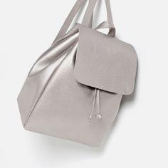 Voila picks Zara silver backpack