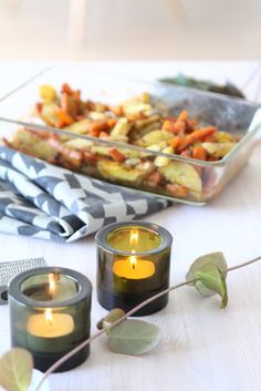 Vatsan vapaapäivä: Syntisen hyvät uunijuurekset Tea Lights, Candle Holders, Candles, Tea Light Candles, Porta Velas, Candy, Candle Sticks, Candlesticks, Candle