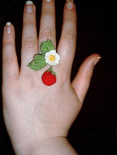 DIY Strawberry Ring - FREE Knitting Pattern / Tutorial