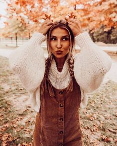 corduroy brown overall dress with white puff sleeve knit sweater fall outfit inspiration cute autumn outfits what to wear during the fall Cute Fall Outfits, Fall Winter Outfits, Winter Fashion, Mode Outfits, Fashion Outfits, Fashion Mode, Womens Fashion, Autumn Photography, Halloween Photography