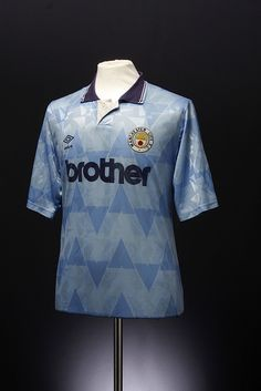 Manchester City Football Shirt (away, This is what they wore when I first started watching them. Classic Football Shirts, Vintage Football Shirts, Vintage Jerseys, Retro Shirts, Vintage Shirts, Team Shirts, Soccer Shirts, Football Jerseys, Vintage Sportswear