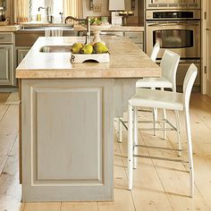 Stylish Kitchen Island Inspiration: Kitchen Island with Architectural Details