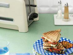 Una opción fácil y buenísima para las comidas rápidas cuando no tenemos  ni tiempo de sentarnos.