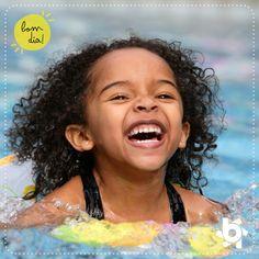 Compartilhando sorrisos, multiplicando alegrias :)