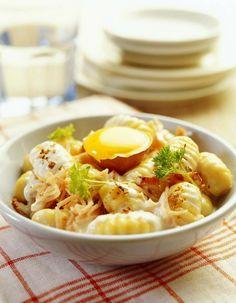 Recette Gnocchi Façon Carbonara, faites plaisir à votre famille avec des Gnocchis façon Carbonara.