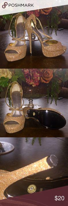 NEW ADRIENNE MALOOF GOLD HEELS BRAND NEW Adrienne Maloof gold platform strapped heels ABSOLUTELY BEAUTIFUL Adrienne Maloof Shoes Heels