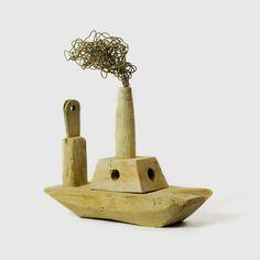 Pep Carrió. Colección de esculturas a partir de maderas encontradas en la playa.