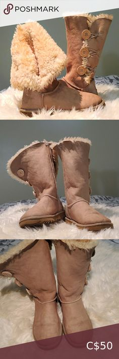 UGG Australia Fur Boots ❤UGG Australia ❤Preloved - Good Condition, please refer on the photos ❤Already cleaned and sanitized ❤Size 6 UGG Shoes Ankle Boots & Booties