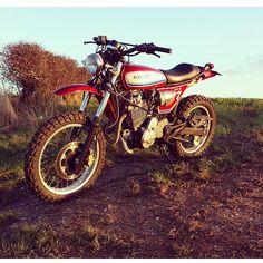 "155 Likes, 4 Comments - BikeBound (@bikeboundblog) on Instagram: ""Digging this #Honda #SLR650 #scrambler by @zero8moto. #motolife #motolove #tracker #nx650…"""