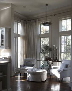 Benjamin Moore nimbus 1465 Vancouver Colour Consultant: The Best Gray Paint Colours from the Experts Paint Colors For Living Room, My Living Room, Home And Living, Room Paint, Home Interior, Interior Decorating, Interior Design, Style At Home, Best Gray Paint Color