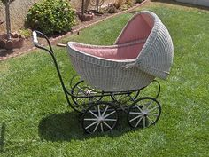 EARLY 1900's WHITE WICKER BABY BUGGY FULLY LINED | eBay