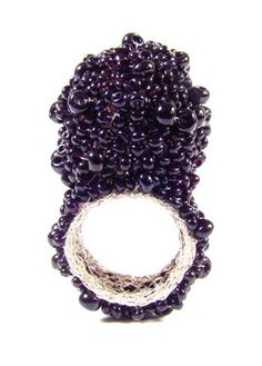 Ring | Karin Seufert. 'Caviar'.  Sterling silver and glass beads