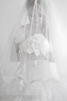 #BarbaraDiCretico #bride #gettingready #bw #weddingitaly #italianphotographer #bouquet #italy