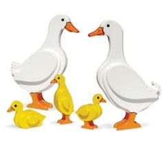 Check out this free pattern download for creating lawn-roaming ducks with your scroll saw! Foxchapelpublishing.com