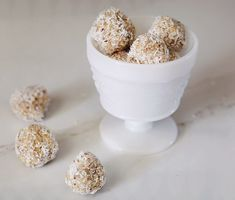 No Bake Lemon Macaroons // Made these and they're SO good!