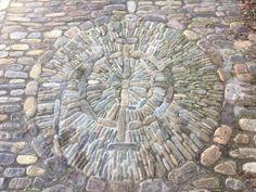 Espiral de fibonacci en el Puente Ramos, en la aldea de San Martín, municipio de Sta. Engracia del Jubera, La Rioja. De Valentín Marijuán.