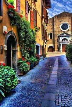 Salò in Lago di Garda #Lombardy