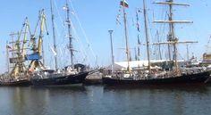 Imagini impresionante cu velierele participante la Regată, văzute din Marea Neagră (video) Sailing Ships, Boat, Impressionism, Dinghy, Boats, Tall Ships, Ship