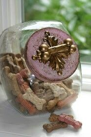 Pretty jar for biscuit treats