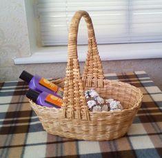 OK Willow Weaving, Basket Weaving, Paper Weaving, Newspaper Crafts, Rattan, Recycling, Handmade, Painting, Home Decor
