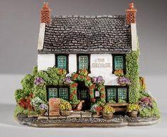 Lilliput Lane - The George at Castleton, Derbyshire L3351 | Lilliput Lane Cottages