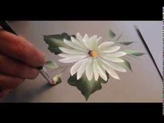 One Stroke: How to paint a daisy by April Numamoto email: april@aprilndesigns.com Web: http://www.aprilndesigns.com