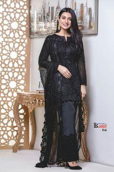 Daaammmnn it! Pakistani Dresses Online, Pakistani Formal Dresses, Pakistani Dress Design, Pakistani Outfits, Indian Dresses, Indian Outfits, Black Pakistani Dress, Designer Party Wear Dresses, Kurti Designs Party Wear