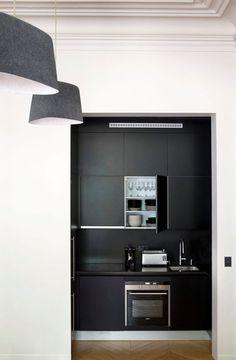 Un appartement épuré et une belle rénovation à l'empreinte haussmannienne