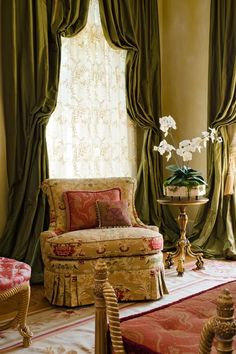 [Blog with Design Tips] Cream and Gold Aubusson Rugs Enrich 4 Traditional Interiors. olive, gold, rust, rose