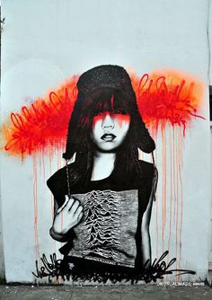 URBAN FEMALE GRAFFITI BY FIN DAC