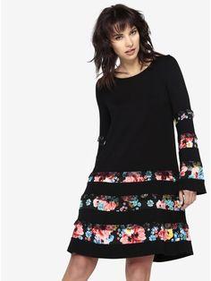 951a786816fa Černé šaty se zvonovými rukávy Desigual Marita