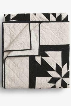 Pre Order - Amish Patchwork Duotone Quilt Black/Unbleached