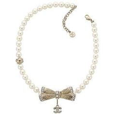 Bows and Pearls...my signature. Courtesy of Chanel...my fave