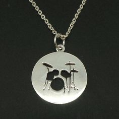 Music Drum Necklace Pendant Drum Jewelry Drummer necklace Gift for Musician, Teacher, Drummers Wave Jewelry, Music Jewelry, Skull Jewelry, Jewelry Necklaces, Jewellery, Musica Love, Engagement Ring For Him, Drums Art, Drummer Gifts