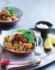 Spice up dinner with this flavoursome, and nutrient dense Moroccan meal. Sweet Recipes, Healthy Recipes, Moroccan Chicken, Cooking Time, Fried Rice, Curry, Dinner Recipes, Nutrition, Favorite Recipes