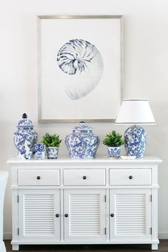 Adding Style to your Summer Walls . Our Hamptons Style new arrivals Hamptons Style Bedrooms, Hamptons Living Room, Hamptons Style Decor, The Hamptons, Living Room Decor, Living Rooms, Bedroom Decor, Blue And White Living Room, White Decor