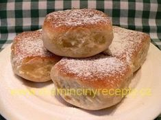 Kváskové buchty New Recipes, Hamburger, Food And Drink, Sweets, Bread, Cooking, Cake, Kitchen, Gummi Candy